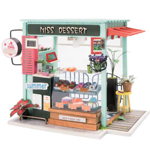 cake-shop-doll-house-miniature-house-kit-room-5
