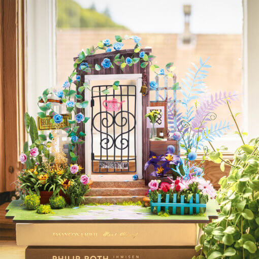garden-entrance-minitaure-hous-kit